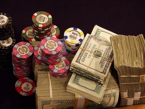 Cách chơi poker, luật chơi poker, Texas Hold'em Poker Việt Nam, bai poker, bài Poker,c asino online, casino trực tuyến, sòng bài trực tuyến, chơi poker, chơi poker online, chơi poker trực tuyến, chơi poker tiền thật, cách chơi poker, giải thi đấu Poker, giải đấu poker, luật chơi Poker, poker chuyên nghiệp, poker doi thuong, poker là gì, poker online, poker tiền thật, poker trực tuyến, poker viet nam, poker vietnam, poker việt nam, poker đổi thưởng, sách poker, sòng bài online, sòng bài trực tuyến, sòng bài uy tín, đánh bài Poker, đánh bài poker online, đánh bài poker tiền thật